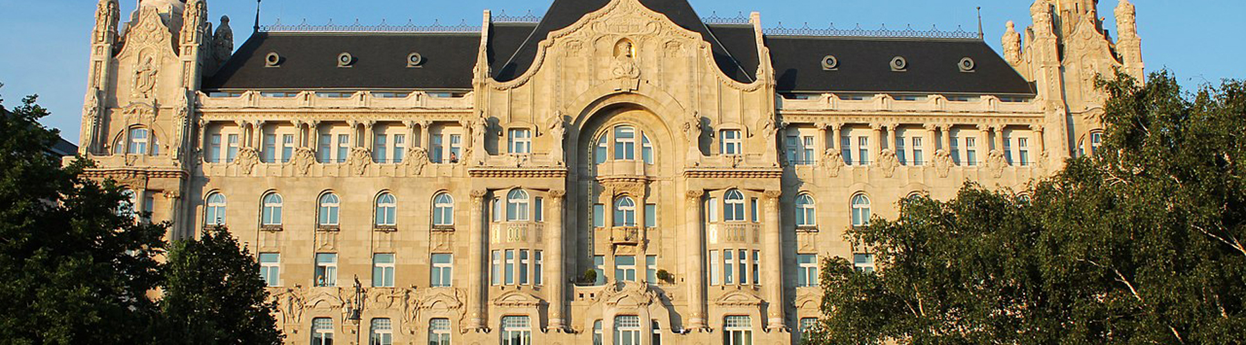 Budapest – Hostels close to Gresham Palace. Maps for Budapest, Photos and Reviews for each hostel in Budapest.