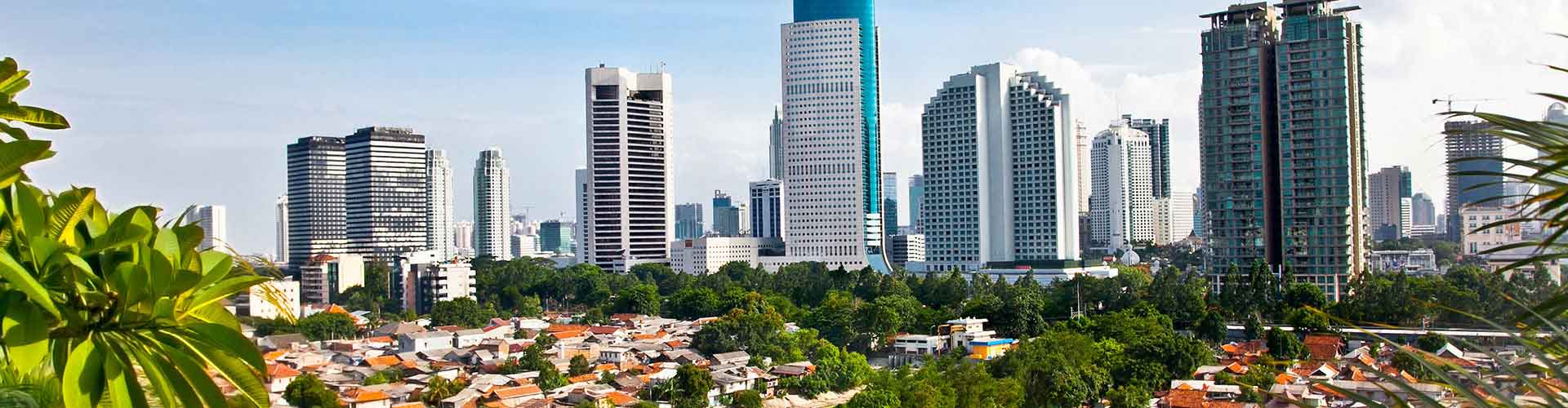 Jakarta – Cheap Rooms in Jakarta. Maps of Jakarta, Photos and Reviews for each cheap room in Jakarta.