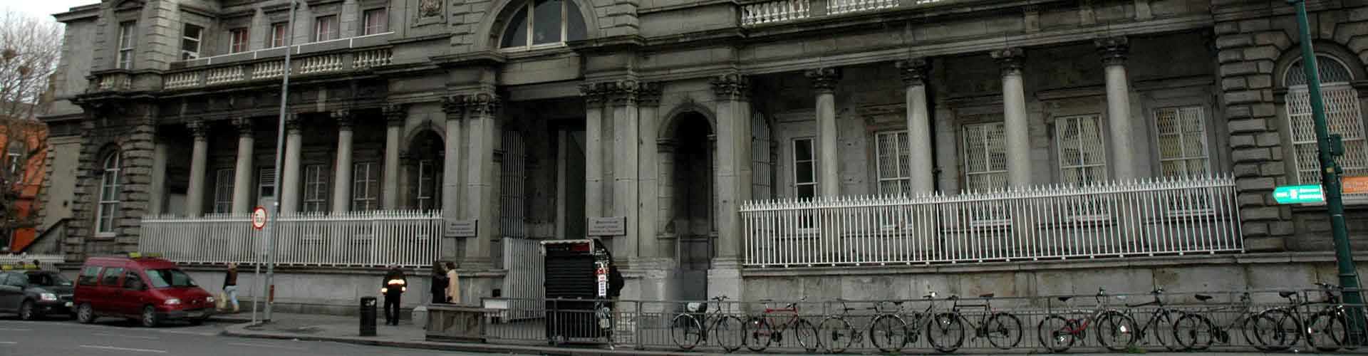 Dublin – Hostels close to Dublin Connolly railway station. Maps for Dublin, Photos and Reviews for each hostel in Dublin.