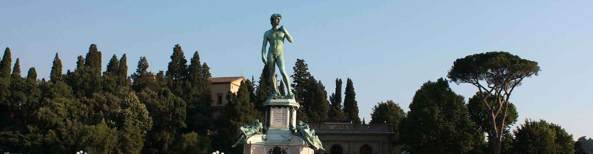 Florence – Apartments in Piazzale Michelangelo. Maps of Florence, Photos and Reviews for each Apartment in Florence.