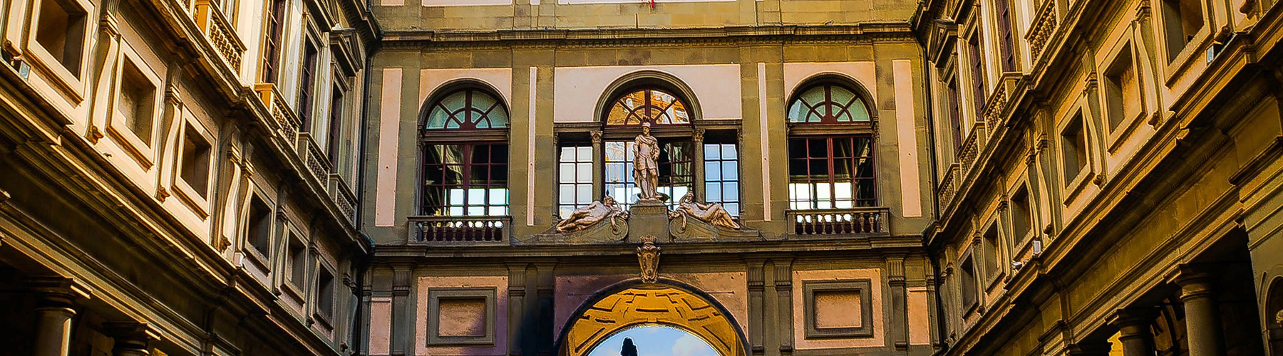 Florence – Hostels close to Uffizi. Maps for Florence, Photos and Reviews for each hostel in Florence.