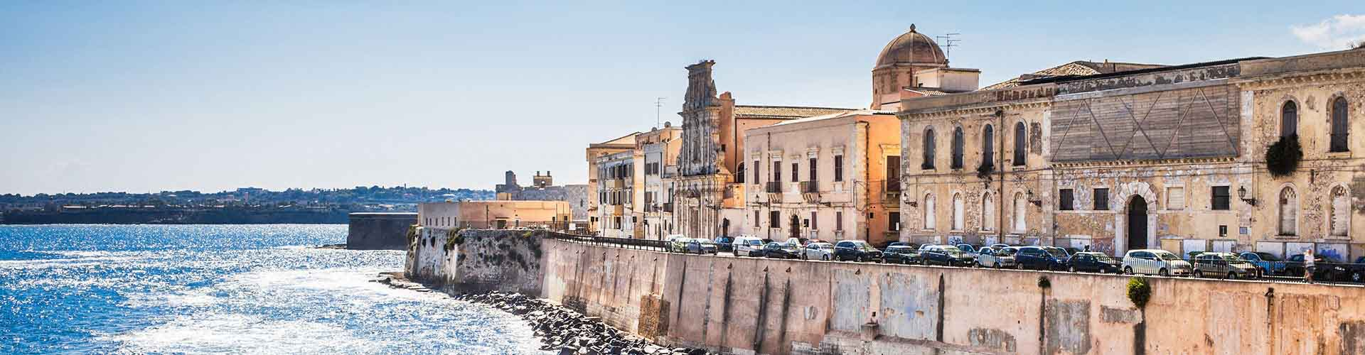 Siracusa – Hostels in Siracusa. Maps for Siracusa, Photos and Reviews for each hostel in Siracusa.