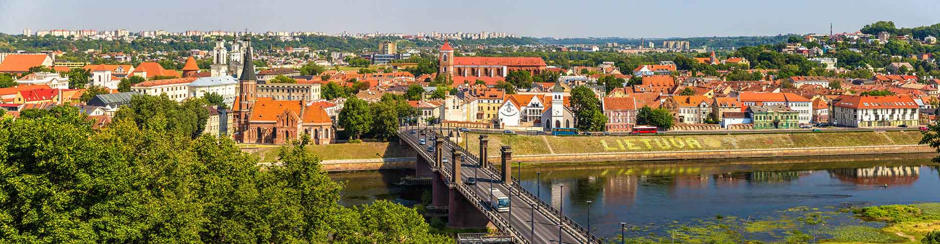 Kaunas – Student accommodation, hostels and coworking spaces in Kaunas (Lituania). Maps of Kaunas, photos and reviews for each place in Kaunas.