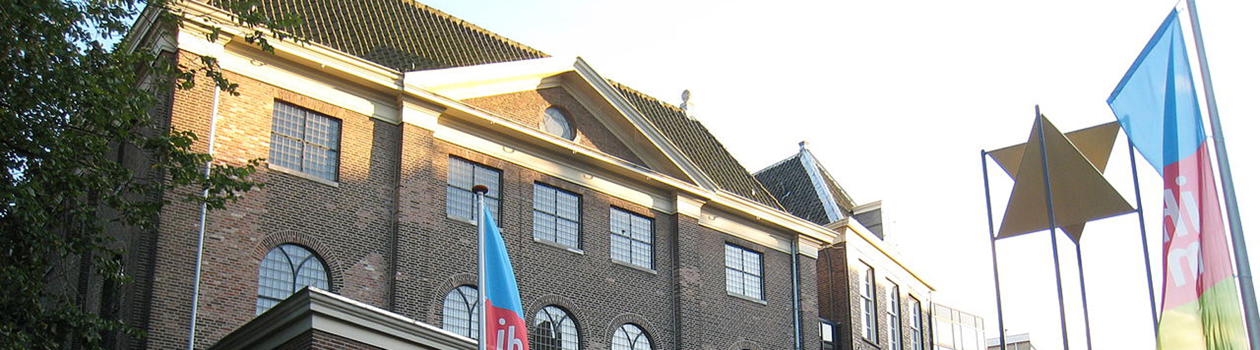 Amsterdam – Hostels close to Joods Historisch Museum. Maps for Amsterdam, Photos and Reviews for each hostel in Amsterdam.