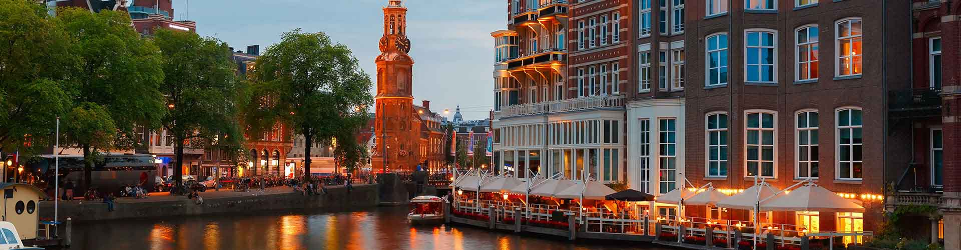 Amsterdam – Hostels close to Munttoren. Maps for Amsterdam, Photos and Reviews for each hostel in Amsterdam.