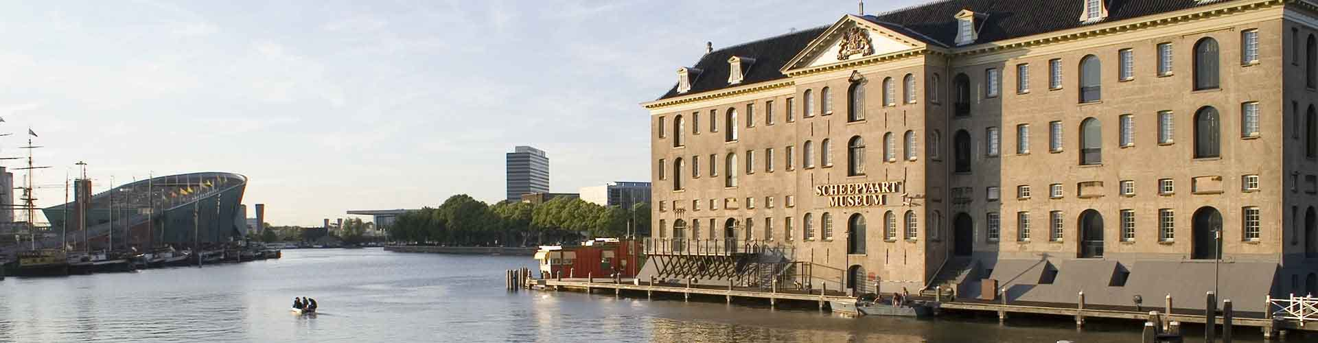 Amsterdam – Hostels close to Scheepvaartmuseum. Maps for Amsterdam, Photos and Reviews for each hostel in Amsterdam.