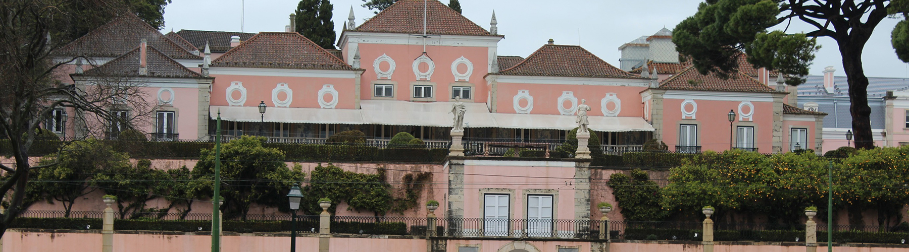 Lisbon – Hostels close to Belém Palace. Maps for Lisbon, Photos and Reviews for each hostel in Lisbon.