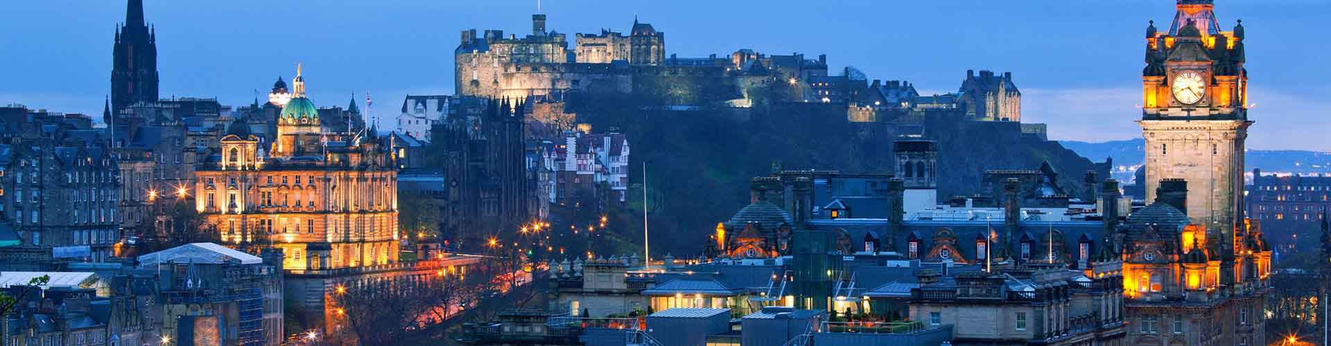 Edinburgh – Hostels in the The Canongate district. Maps for Edinburgh, Photos and Reviews for each hostel in Edinburgh.