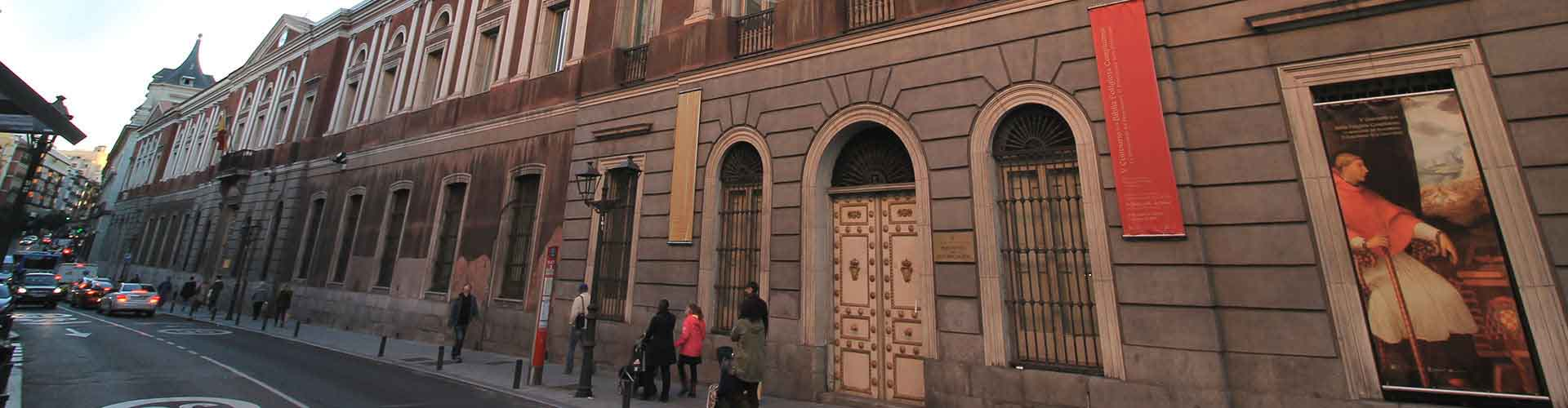 Madrid – Hostels in the Universidad district. Maps for Madrid, Photos and Reviews for each hostel in Madrid.