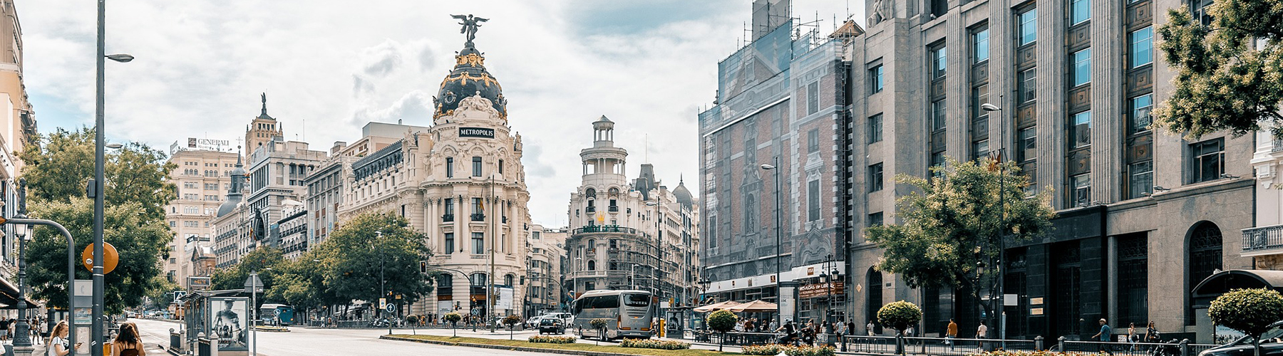 Madrid – Hostels close to City Center. Maps for Madrid, Photos and Reviews for each hostel in Madrid.