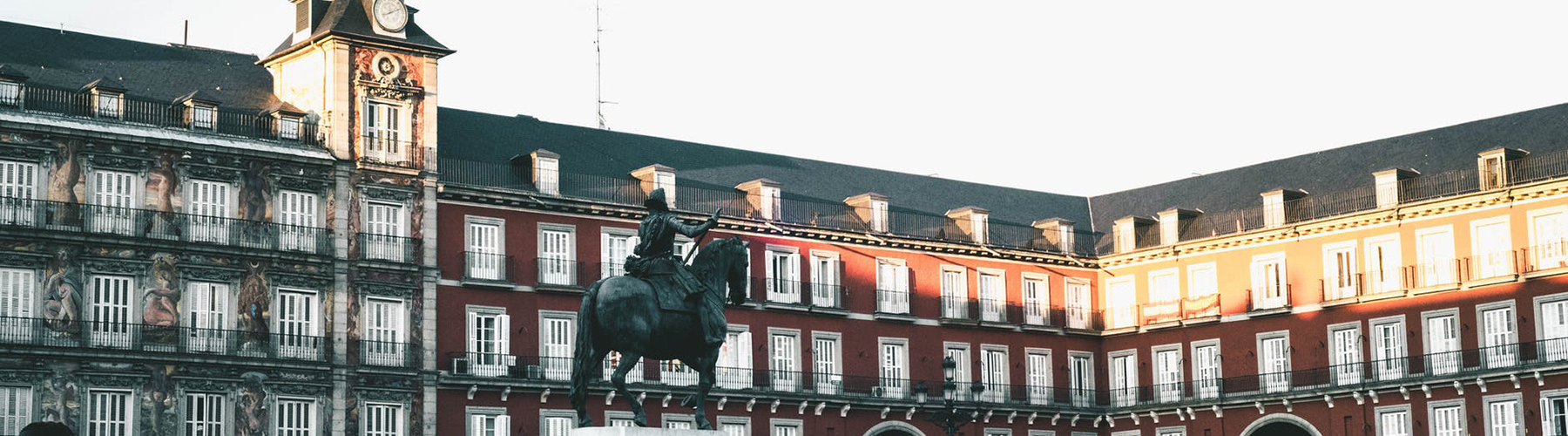 Madrid – Hostels close to Plaza Mayor. Maps for Madrid, Photos and Reviews for each hostel in Madrid.
