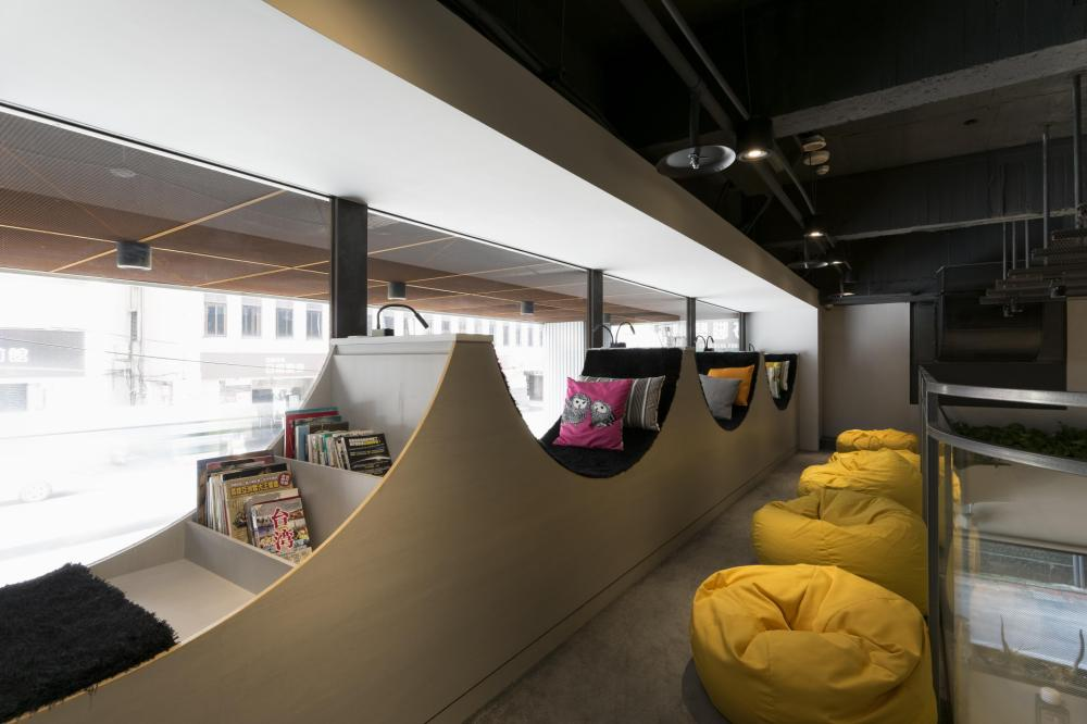 Youth Hostels - Bouti City Capsule Hostel