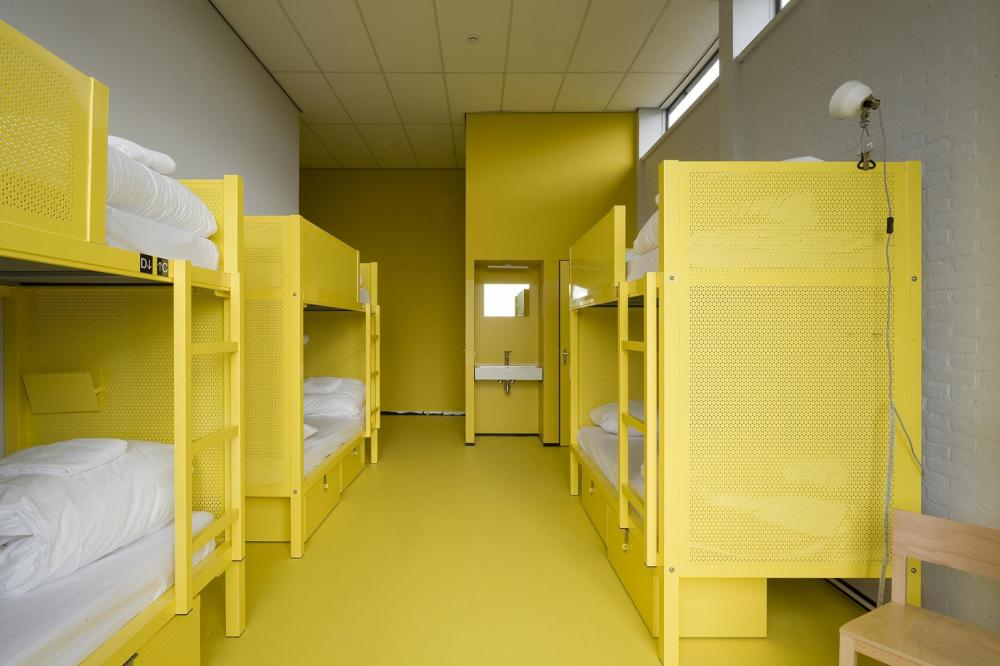 Our rooms are all with bunkbeds. We have 2, 4, 5, 6,8 and 12 bedded dormitories.