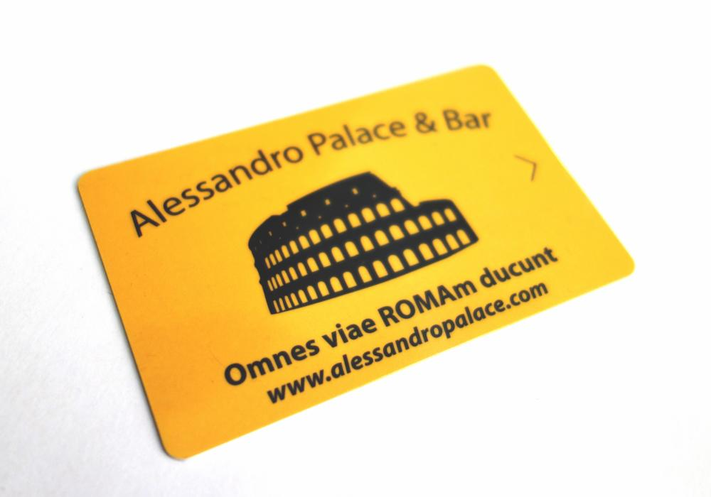 Keycard access (2€ deposit required - refunded on check-out, returning keycard)
