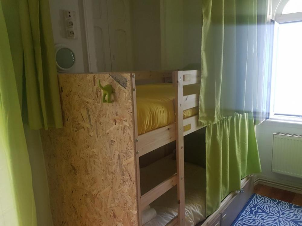 8 Beds Female Dorm