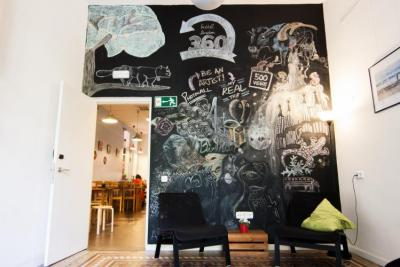 Youth Hostels - 360 Hostel Barcelona Arts&Culture