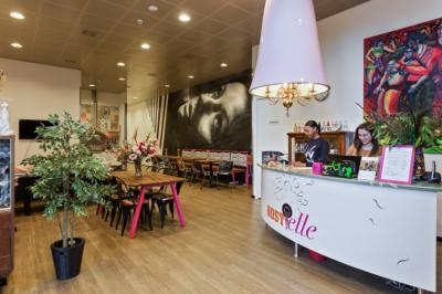 호스텔 - Hostelle - female only hostel