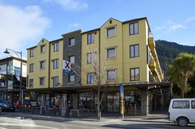 Hostels - Base Queenstown