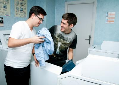 Even doing the laundry you can have fun!