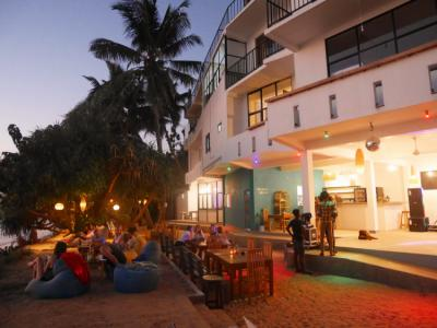 Hostels - Satori Beach Hostel