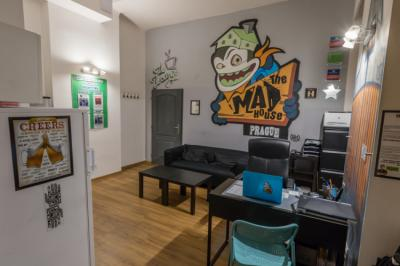 Хостелы - Hostel The MadHouse Prague