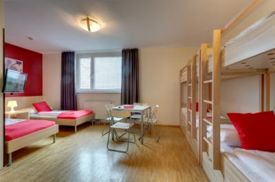 廉价旅馆 - MEININGER Hostel Vienna Central Station